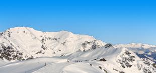 Bergen met sneeuw in Oostenrijk