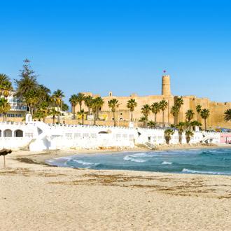 Al Qurayyah Beach in Monastir