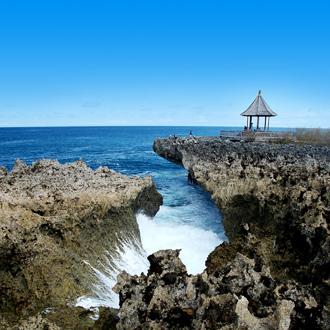 Water blow bij Nusa Dua op het eiland Bali