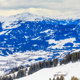 Bergen met sneeuw in de winter, Westendorf, Tirol, Oostenrijk