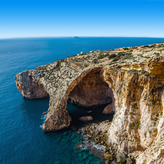Blue Grotto kalksteenboog op het eiland Malta