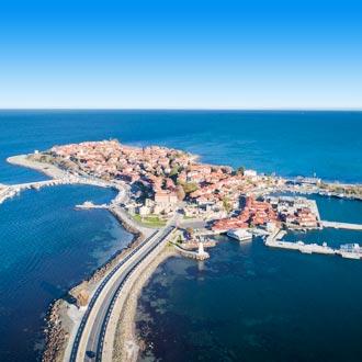 Foto van Nesebar een oude stad aan de Zwarte Zee in Bulgarije