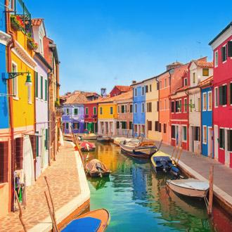 Burano, een eiland in de lagune van Venetie