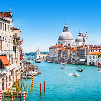 Canal Grande in Venetie Italie