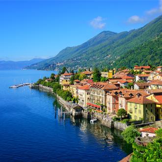 Cannero Riviera aan het Lago Maggiore, Piemonte, Italië