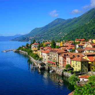 Cannero Riviera bij Lago Maggiore
