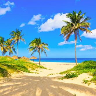 Uitzicht op het strand Varadero in West-Cuba