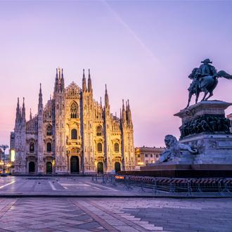 De grootste kathedraal van Italië Duomo di Milano, in Milaan