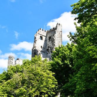 Drachenfels-ruines-in-Konigswinter