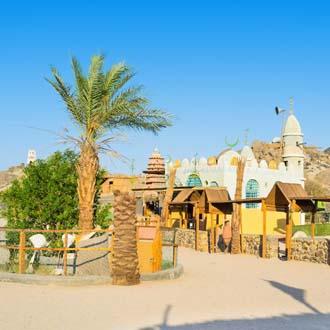 Een toeristisch bedoeïenendorp in de Sahara vlakbij Hurghada