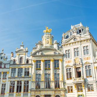Gildehuizen met gouden details in Brussel, Belgie