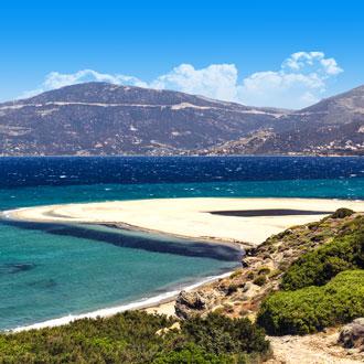 Gebergte en de zee op het Griekse eiland Kos