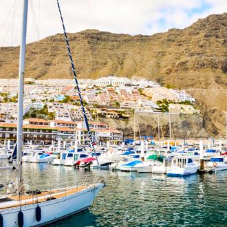 Haven van Los Gigantes op Tenerife in Puerto Santiago, Canarische Eilanden
