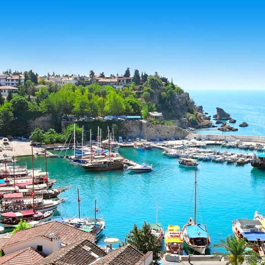 Haven met bootjes in Antalya