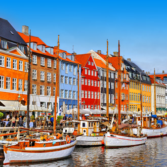 Gekleurde huisjes aan de haven van Kopenhagen