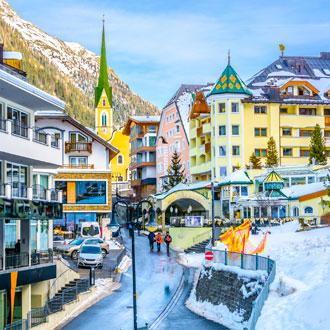 Het dorp van Ischgl, Oostenrijk