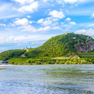 Het-landschap-en-de-Rijn-in-Konigswinter