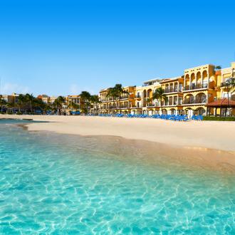Het strand van Playa del Carmen in Riviera Maya, Yucatan