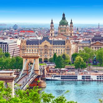 Kettingbrug over Donau Rivier Budapest Hongarije