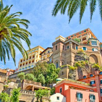 Kleurrijke hotels in Sorrento