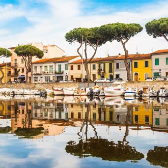 Huisjes aan het water in Viareggio