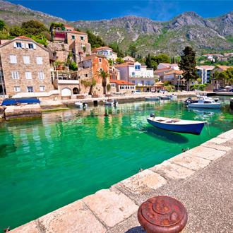 Idyllisch dorp Mlini in de archipel van Dubrovnik