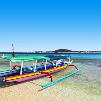 Uitzicht op een lokaal bootje in Indonesië