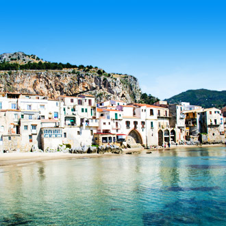 Kust van Cefalu op het eiland Sicilie, in Italie