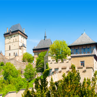 Kasteel Karlstejn in de omgeving van Praag