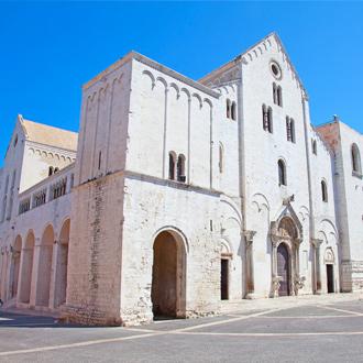 De basiliek van Sint-Nicolaas in Bari, Italie