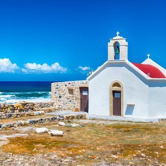 Klein kerkje bij zee bij Chersonissos Kreta