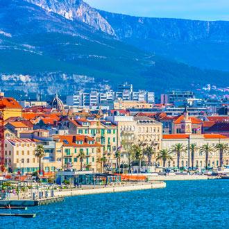 Stad Split en kustlijn
