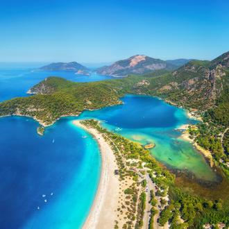 Luchtfoto van Lagune Oluzeniz, Turkije