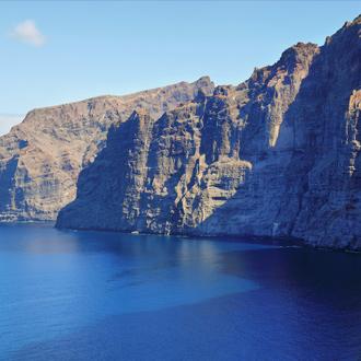 Uitzicht op de cliff Los Gigantes op Tenerife, Canarische Eilanden