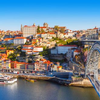 Luchtfoto van de oude binnenstad van Porto