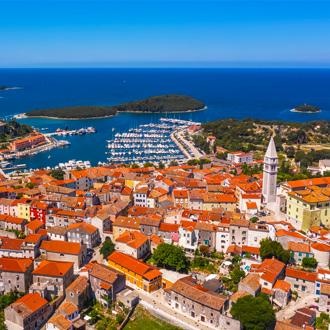 Luchtfoto van het stadje Vrsar, Istrië, Kroatië