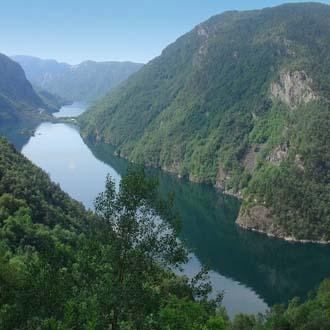 Meer en bergen in Noorwegen