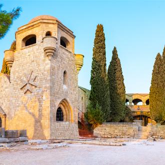 Middeleeuws klooster van Filerimos op de Akropolis van Ialyssos nabij Trianda