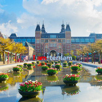 Museumplein in Amsterdam