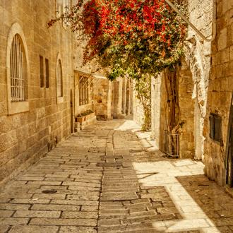 Oude alley in Joodse wijk in Jeruzalem