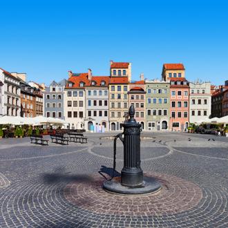 Oude marktplein van Warschau in Polen