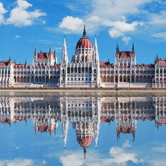 Hongaars parlementsgebouw in Budapest Hongarije