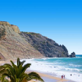 Uitzicht van de zee in Algarve