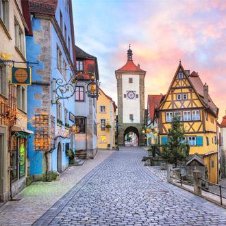 Rothenburg ob der TauberRothenburg ob der Tauber met gekleurde gebouwen in Duitsland