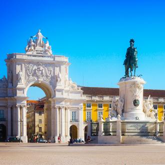 Rua Augusta Arch en standbeeld van King Joseph I, Lissabon