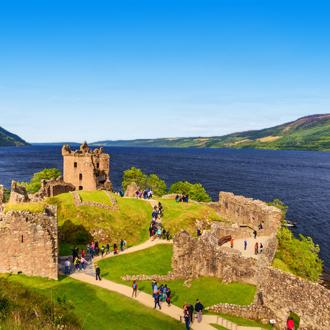 Het Urquhart kasteel in Inverness
