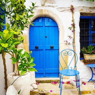 Huis met blauwe deur Agios Nikolaos