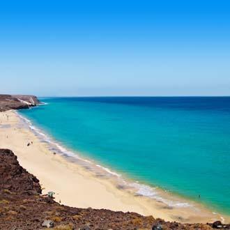 Kust met strand en zee Costa Calma, Fuerteventura