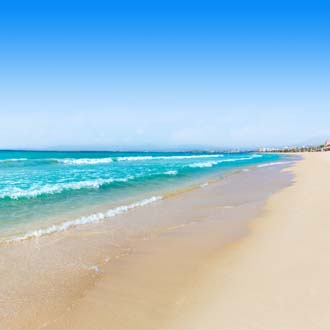 Strand en zee in El Arenal, Mallorca