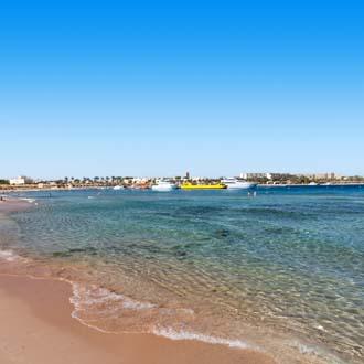 Strand en zee Makadi Bay